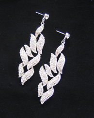 Crystal leaf design earrings