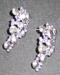 Pewter tiny cluster earrings