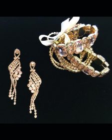 gold-set-earrings