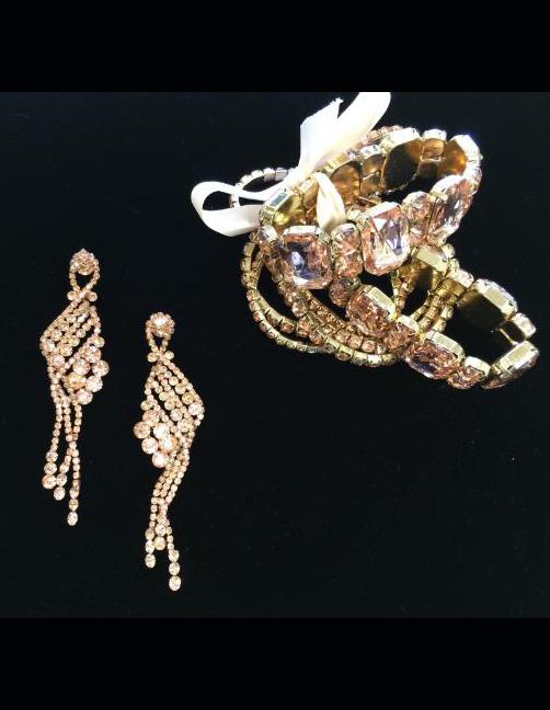 gold-set-earrings