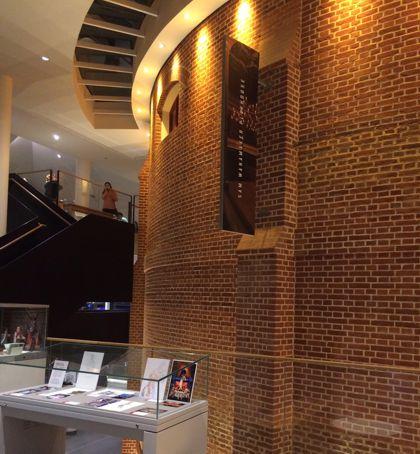foyer-inside-theatre2